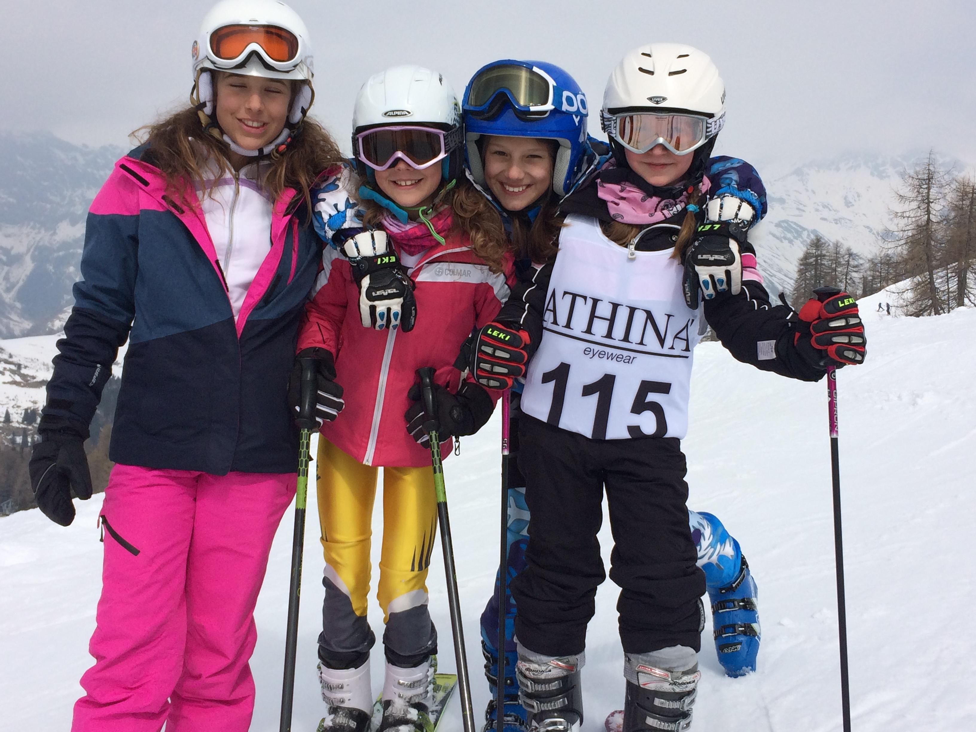 Le donne dello sci club